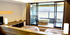 Guest room with a terraced open-air bath (two different types): 4th floor