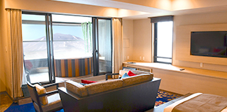 Twin room with an open-air bath with panoramic Mt. Asama view (56㎡~):8th floor