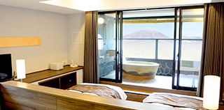 Guest room with a terraced open-air bath (56㎡~):4th floor