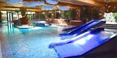 室内温水プール『comoriパーク』